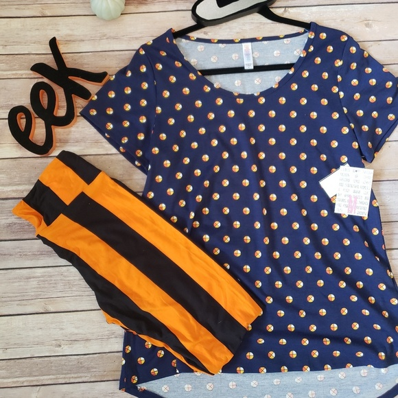 LuLaRoe Other - M Classic Tee and/or OS Vintage Halloween Leggings